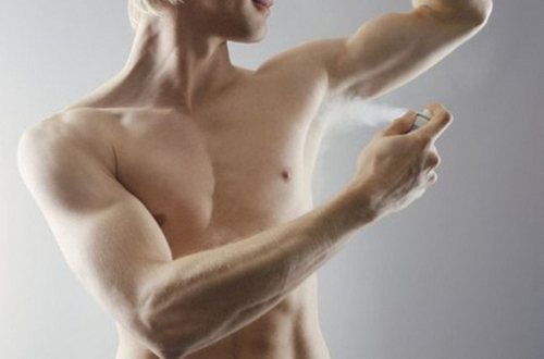 Как отстирать белые пятна от дезодоранта на цветной и черной одежде
