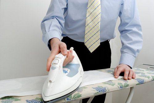 гладить мужскую рубашку