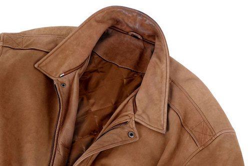 последовательность чистки куртки: от рукава до воротника