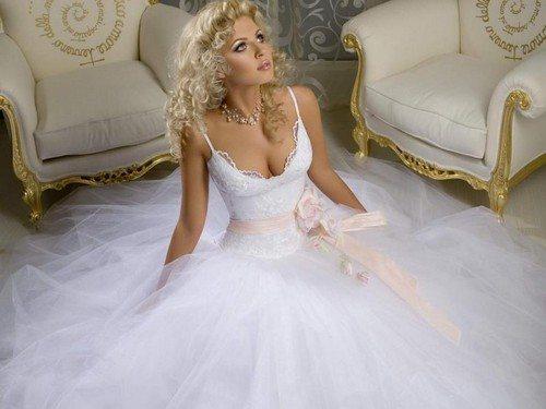 Можно ли стирать платье после свадьбы
